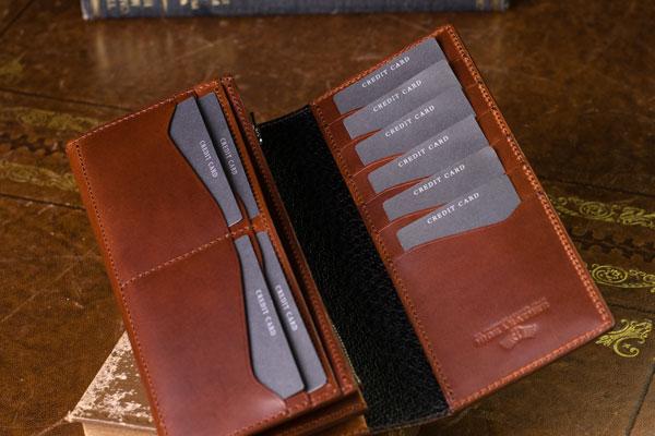 06343de01741 好みの長財布が普段の行動からわかる6つのポイント!男性の長財布の ...